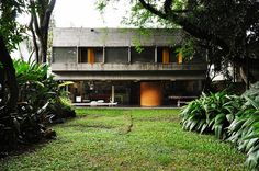 Alto de Pinheiros House in São Paulo, Brazil by Arquiteto Paulo Bastos and Associados, 1970.
