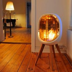 golden fireplace... i think it could be fun in my minihouse... http://www.cavalliusdesign.se/