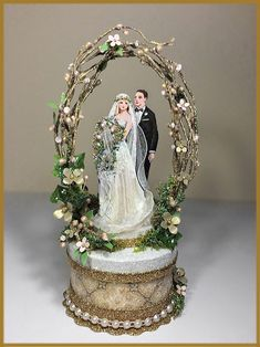 """""""Vintage Garden"""" Wedding Cake Topper, Keepsake Box in Gold and Blush Pink with Green Image"""