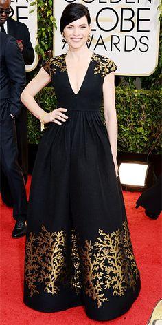 #JuliannaMargulies arrives at 2014 #GoldenGlobe Awards, #redcarpet