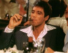 "221 curtidas, 2 comentários - Al Pacino (@official.alpacino_) no Instagram: ""#alpacino #tonymontana #scarface"""