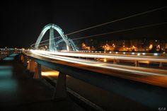 Espectacular foto del Puente del Milenio en Ourense (Galicia) Es el quinto puente de la ciudad de Orense y destaca por su diseño vanguardista.