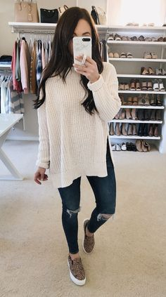 winter outfits with leggings 139 cozy and cute win - winteroutfits Cute Winter Outfits, Fall Outfits, Casual Outfits, Cute Outfits, Fashion Outfits, Fashion Trends, Early Spring Outfits, Winter Clothes, Jeans Fashion