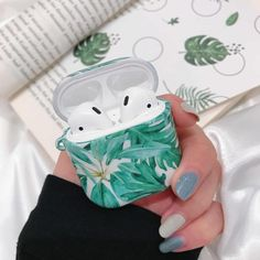 Leaf Case For AirPods Case Air pods Luxury Coque Earpods Case For Airpod 2 Case For Apple Air Pods Earbud Charging Box Funda Cute Ipod Cases, Iphone Cases, Iphone 5c, Letter Case, Airpods Apple, Accessoires Iphone, Aesthetic Phone Case, Earphone Case, Air Pods