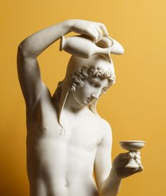Bertel Thorvaldsen (1770–1844) Ganymede Filling the Cup, 1816 Marble, 135.5 cm Thorvaldsens Museum Photo: Thorvaldsens Museum