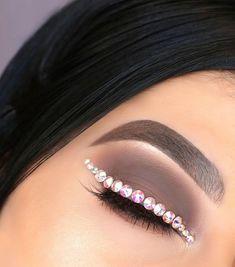 ᴹᴼᴼᴺ S H I N E Penny Pettigrew Eye Makeup Creations