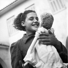 47 Black and White Pictures That Capture Everyday Life of Greece in the 1950s ~ vintage everyday