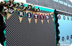 Love the black and white pattern with the teal pop of color and burlap. Just in case they write something original