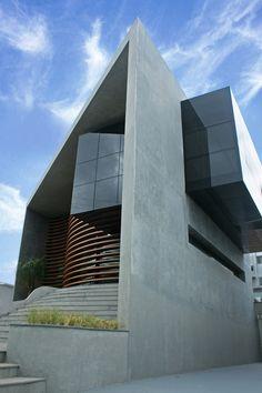 14 ambientes de profissionais de CasaPRO onde o vidro é o destaque - Casa