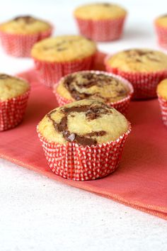 Nutella Swirl Cupcakes - A twist to the basic vanilla cupcake with the addition of nutella