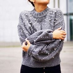 Holiday sweater, pearl embellishment, pearl sweater, chunky sweater outfit, holiday outfit ideas, cute winter outfits