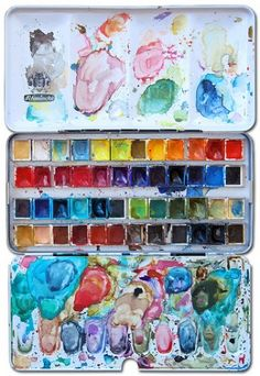 My childhood memories of my mum always include little kits of watercolors or oils that looked just like this.