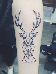Cerf tatouage