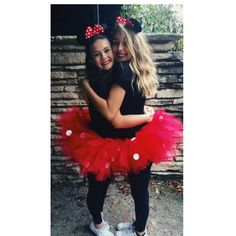 33 Halloween Friend Costumes For Sweet Girls Mini Mouse Halloween Costume, Cute Halloween Costumes For Teens, Twin Halloween, Minnie Mouse Teen Costume, Bff Costume Ideas, Halloween 2020, Halloween Ideas, Twin Costumes, Grease Costumes