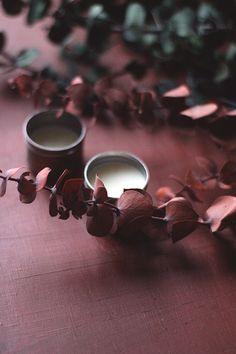 Last Minute Gift Idea: Homemade Peppermint Lip Balm | Free People Blog #freepeople