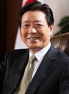 Name: Lee Jeong-Kil Hangul: 이정길 Birthdate: October 1, 1944