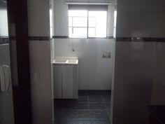 Zona de lavandería con lavadero incluido