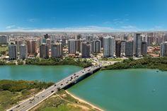 #Aracaju é uma linda cidade que é a capital de Sergipe que está no norte do #Brasil. As praias dessa região não são tão badaladas, mesmo assim não deixam de ser lindas, no entanto a cidade é uma ótima opção para fazer passeios. Confira no blog: http://blog.bestday.com.br/o-que-fazer-em-aracaju/