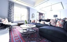 Living Room With Sectional Sofa And Oriental Rug : Distinctive and Beautiful Oriental Rugs