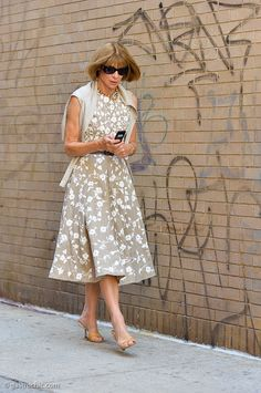 #AnnaWintour looking lovely. NYC.