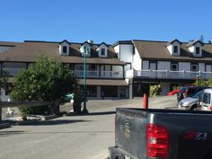 Exterior view of the hotel and surrounding area, Historic Lund Hotel, Lund BC