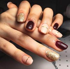 Are you looking for fall acrylic nail colors design for this autumn? See our collection full of cute fall acrylic nail colors design ideas and get inspired! Red And Gold Nails, Dark Red Nails, Orange Nails, Orange Nail Designs, Short Nail Designs, Striped Nail Designs, Ongles Beiges, Wine Nails, Elegant Nail Art