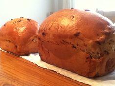 Pains briochées aux raisins. Les recettes de papounet Pains, Bread, Food, Brioche Bread, Brioche, Recipes, Meal, Essen, Hoods