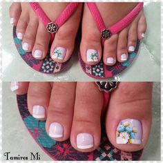 Adesivos de unhas 2018 – Modelos e fotos French Pedicure, Pedicure Nail Art, Toe Nail Art, Pedicure Designs, Toe Nail Designs, Feet Nail Design, Pretty Pedicures, Feet Nails, Toenails