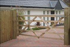 Wooden field gates, Somerfield 5 bar field gate