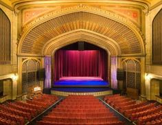 Downtown #SalemOR Arts  Historic Elsinore Theatre We Saw So Many Movies  Here And Christmas