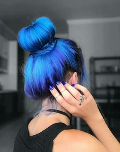 Hottest Free Scene Hair highlights Popular Obtaining scene hair cuts that seem to be cool yet not cliche is difficult, partially seeing as the Purple Hair, Ombre Hair, Balayage Hair, Hair Dye, Blue Hair Colors, Dyed Hair Blue, Pastel Hair, Gray Hair, Brown Hair