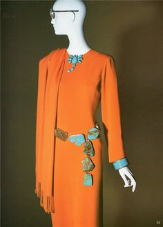 In 2005, the Museum of Fashion, an exhibition, whose theme was her wardrobe.    Rare Bird - Iris Apfel (18)