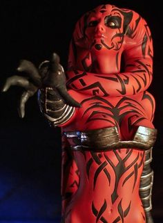 I want to make Lekku for my Darth Talon costume I'm planning for DragonCon 2012 but since I will be making a Sith cloak I want to be able to wrap the. Star Wars Mädchen, Star Wars Girls, Disfraz Star Wars, Darth Maul, Darth Sith, Look Star, Jedi Sith, Drawn Art, Star Wars Wallpaper