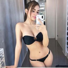 Trying on my summer outfits 🏝 Push Up Bikini, Sexy Bikini, Bikini Girls, Bikini Tops, Bikini Beach, Dd Swimwear, Luxury Swimwear, Swimsuits, Black Swimsuit