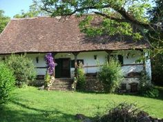 Ács-Porta - Hetvehely Self Catering Cottages, European House, Good House, Home Hacks, Traditional House, How Beautiful, Hungary, Countryside, Castle