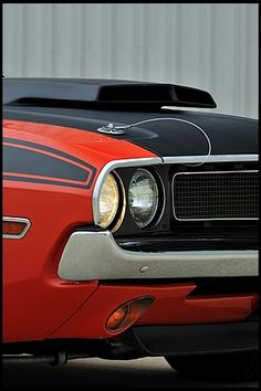 F256 1970 Dodge Challenger T/A  340 Six Pack, 4-Speed