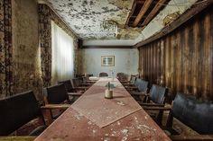 breakfast tableBERGhotel 5/3/14-stefan baumann