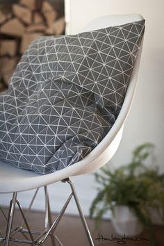 Via Hemlangtan   Bloomingville Cushion   Eames Dsr Chair