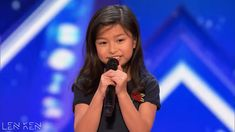When every answer little Celine Tam gave was related to Celine Dion, Simon was clearly not impressed. For some reason, he senses that it's not going to be an impressive performance and just wishes she is done with it. Little Girl Singing, Kids Singing, Little Girls, Got Talent Videos, America's Got Talent, Amazing Songs, Best Songs, Celine Dion Songs, Country Music Singers