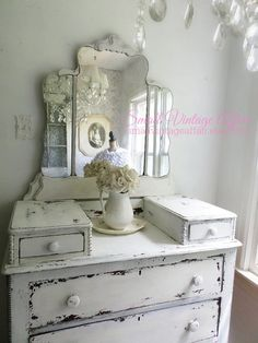 L a y a w a y ..............................S  H A B B Y  Dresser with Tiara Mirror French Chic Beach Cottage Nordic Style Furniture