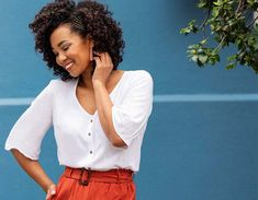 The linen-look: Summer 2019's hottest trend - Ackermans Magazine Paperbag Pants, Work Wear, Fashion Beauty, Bell Sleeves, Curves, Tees, Hot, Summer, Magazine