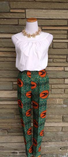 Vous aimez le wax? Retrouvez tous les articles et sélections sur le wax ici : https://cewax.wordpress.com  Retrouvez les créations CéWax en tissu africains en vente ici: http://cewax.alittlemarket.com The Jenny Pants African Print by ChenBCollection on Etsy [more at pinterest.com/azizashopping]