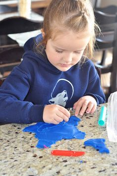 Play Doh Fine Motor Work - Pinned by @PediaStaff – Please Visit ht.ly/63sNtfor all our pediatric therapy pins