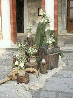 Wedding Flower Decorations, Wedding Flowers, Table Decorations, Greek Wedding, Fall Wedding, Flower Packaging, Green, Party, Christmas