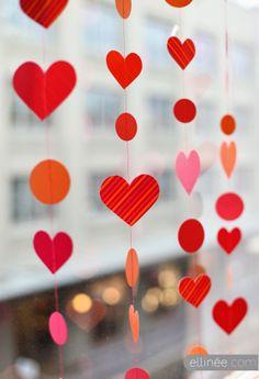 Valentine's day DIY Paper Garland