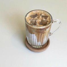 But First Coffee, Coffee Love, Coffee Break, Iced Coffee, Coffee Drinks, Coffee Shop, Tea Drinks, Black Coffee, Iced Tea
