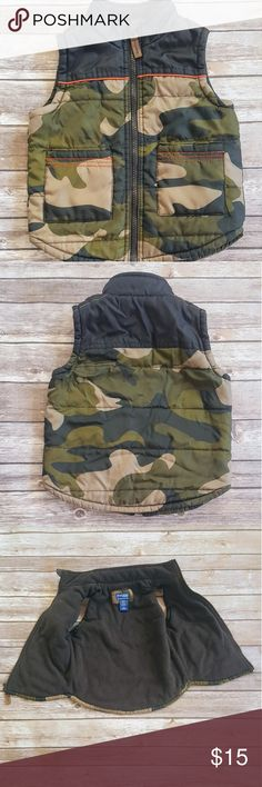 ⬇️Today Only⬇️Boys Oshkosh fleece vest! 3T This Vest is camo print and inside is fleece! It's so soft and in great condition. No flaws! Size is 2T it's genius kids from Oshkosh!   Thanks for looking, don't forget to bundle! OshKosh B'gosh Jackets & Coats Vests