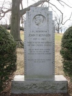 In Memoriam John F. Kennedy Marker. Click for full size.
