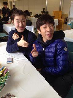先程の写真は変顔のつもりでしたが、失敗したので撮り直しました。かなこスマイル(進化系)。Kanako Murakami&Nobunari Oda。Twitter