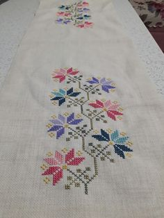 """""""This post was discovere Towel Embroidery, Cross Stitch Embroidery, Cross Stitch Designs, Cross Stitch Patterns, Bargello, Tree Art, Needlework, Diy And Crafts, Knitting"""